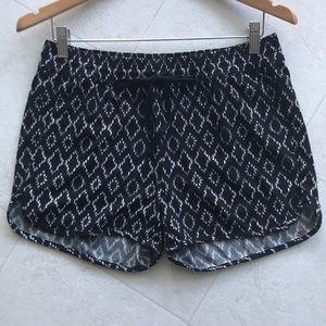 Banana Republic Ikat shorts pockets drawstring